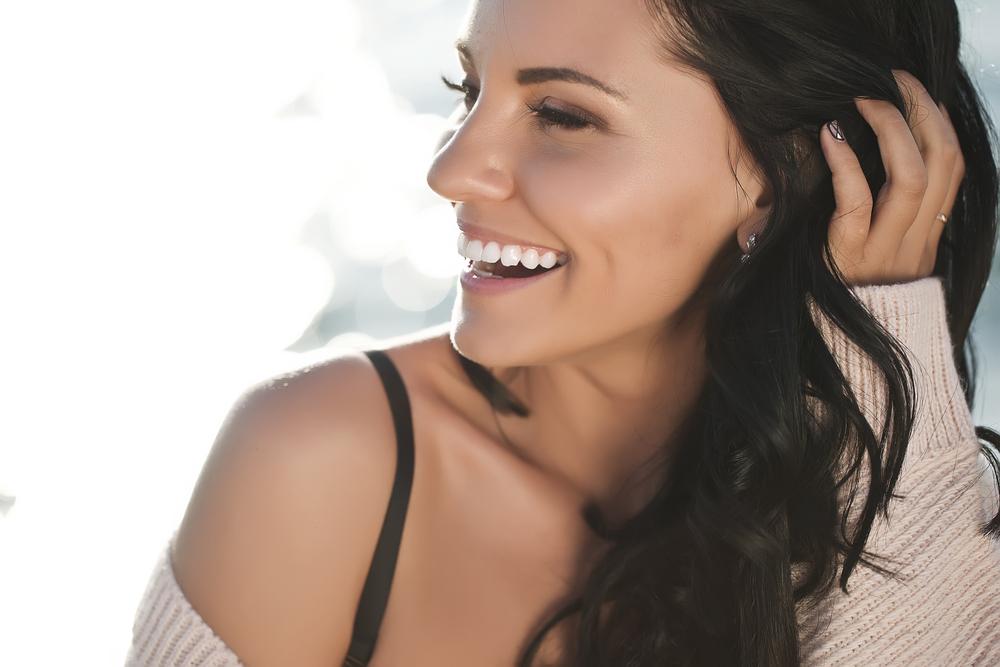 Συμβουλές για πιο λαμπερό δέρμα μετά την εμμηνόπαυση!